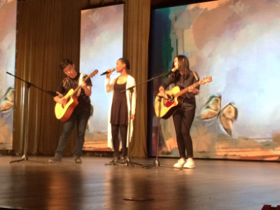 Image of SIPFLS students performing in talent show