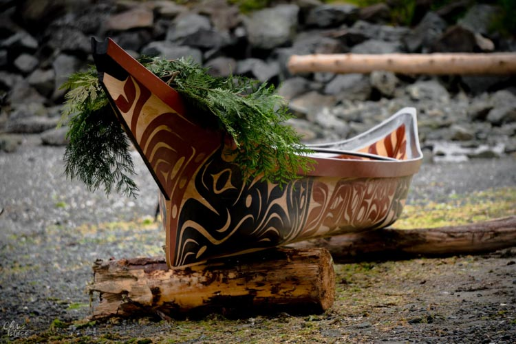 Image of First Nations canoe