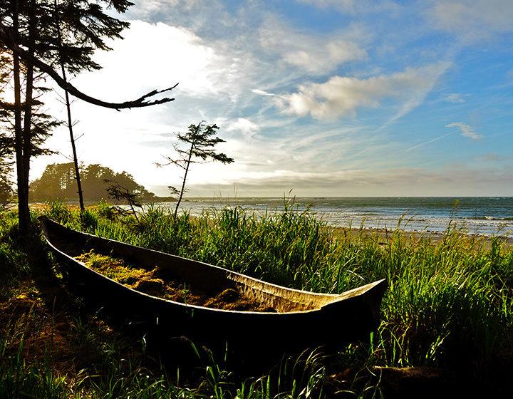 Haida Gwaii canoe