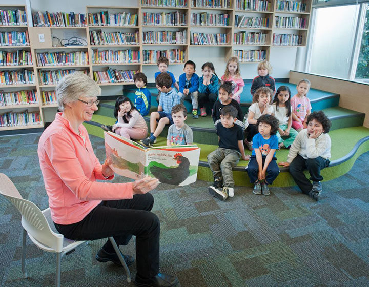 West Vancouver teacher storytime